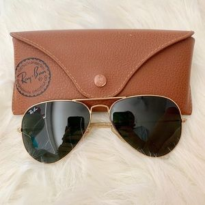 Ray-Ban Classic Gold Aviators with Case